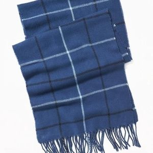 Old Navy Patterned Flannel Scarf for Men
